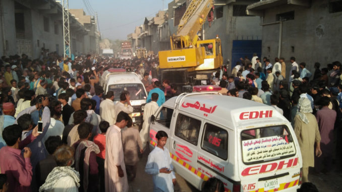 Pakistan: 9 killed, several injured in warehouse roof collapse